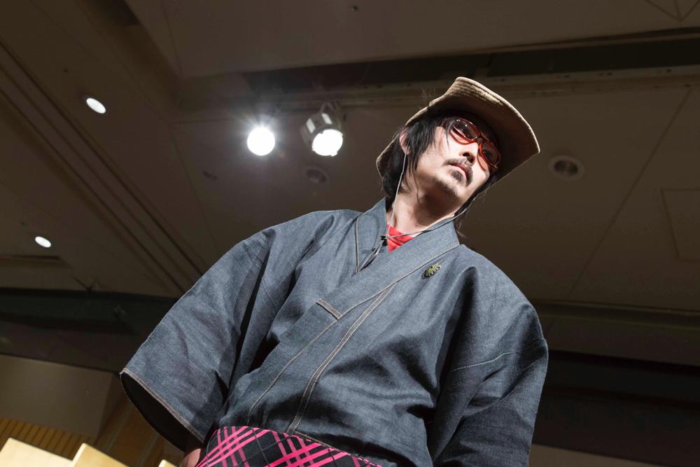 "<span class=""title"">時間を纏い、育てるデニム着物「saigetsu」</span>"